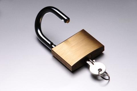 How Locksmiths Make Keys Using Existing Locks